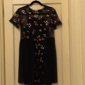 Dresses & Skirts - Black tulle & floral pattern dress